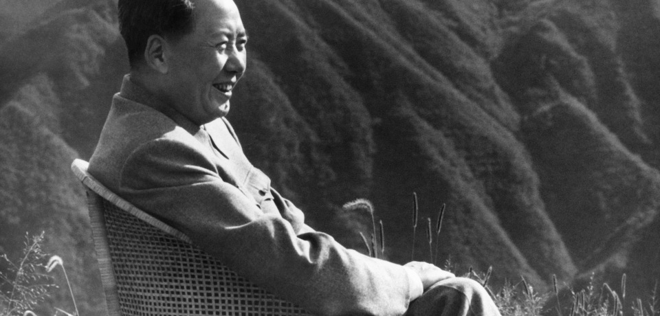 """China top communist leader, Chairman of Communist Party (CCP) and President of the Republic Mao Zedong smiles during his holidays in 1961 in Lushan Moutain. Chinese official agency distributed this picture in September 1976 after Mao's death with a title: """"Great leader Chairman Mao will live forever in our hearts"""". CHINA OUT / AFP / XINHUA (Photo credit should read /AFP/Getty Images)"""