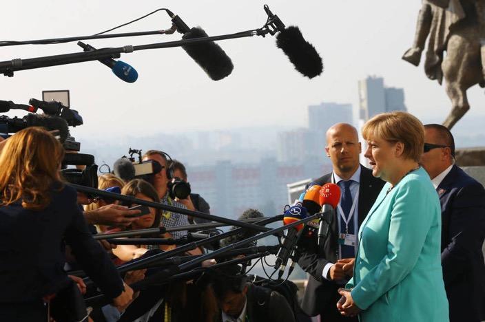 Angela Merkel a su llegada a la cumbre europea de Bratislava, Eslovaquia, el 16 de septiembre de 2016 (Reuters).
