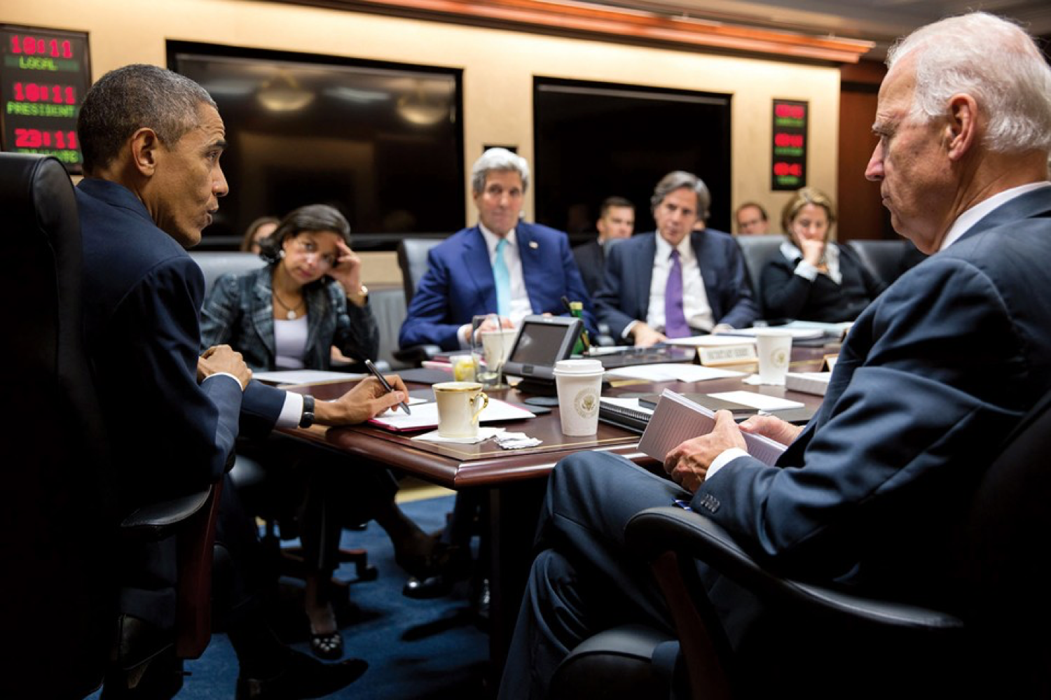 Obama and Vice President Joe Biden meet with members of the National Security Council, including Susan Rice and John Kerry (second and third from left), in December 2014. (Pete Souza / White House)