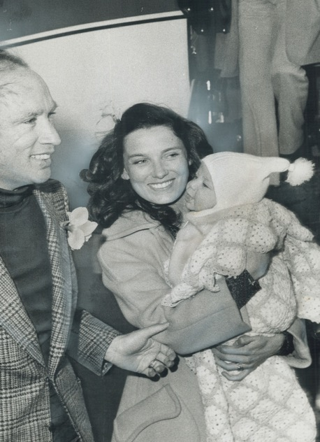 Con sus padres cuando era un bebé, en 1972. HAROLD BARKLEY
